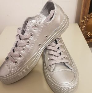 Other - Converse Oxford Metalic sneakers (Unisex)